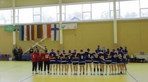 2015 Vilna_lippujen edessä maamme laulu